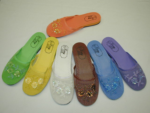 040a98d724b9 Wholesale Womens Chinese Mesh Flip Flops - 72 Pairs