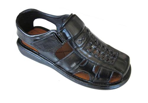 Wholesale SHOES - Men's Sandals - Slippers - 18 Pairs